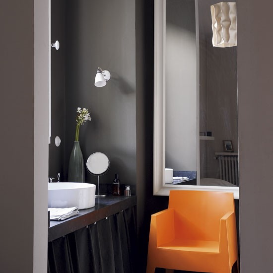 Dark moody bathroom | Bathroom designs | Chairs | image | Housetohome