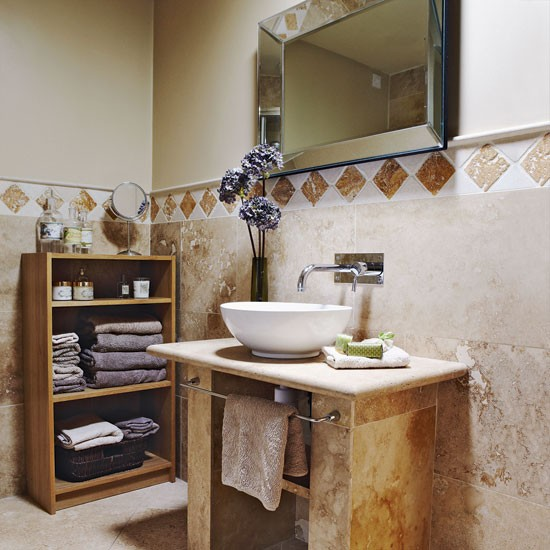 Neutral stone bathroom bathroom designs bathroom tiles for Country bathroom ideas