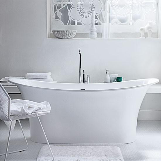 Tranquil modern bathroom with floral screen | Bathroom decorating ideas | Bathtubs | Image | Housetohome