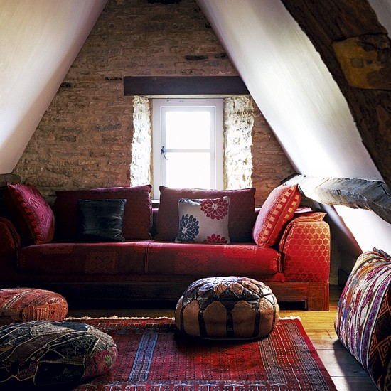 Cosy attic living room living room decorating ideas for Attic room decoration