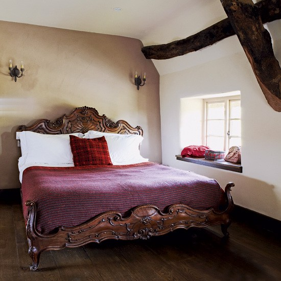 Country Bedroom With Opulent Bed Bedroom Decorating