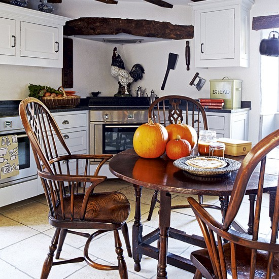 Country Kitchen Table: Country Kitchen-diner