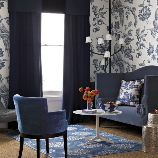 Blue living room with bold wallpaper living room designs Wallpaper ideas for small living room