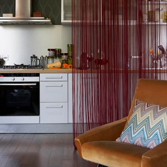 Kitchen with fringed curtain | Bold colour | Kitchen ideas