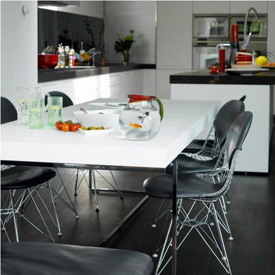 Bold kitchen | Kitchen chairs | Modern kitchen ideas