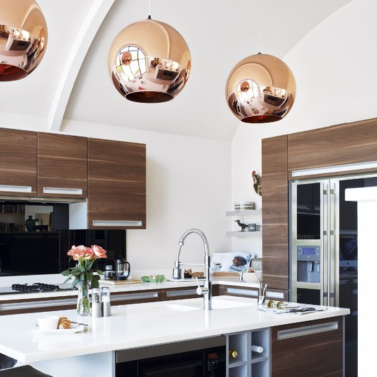 Decordemon copper pendant lights in the kitchen for Contemporary kitchen pendant lighting