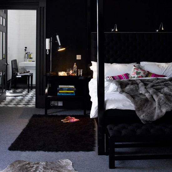 Black bedroom | Black modern interior | Bedroom ideas