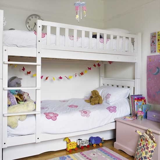 Girl 39 s bedroom with bunk bed children 39 s bedrooms bunk for Girls bedroom decorating ideas with bunk beds
