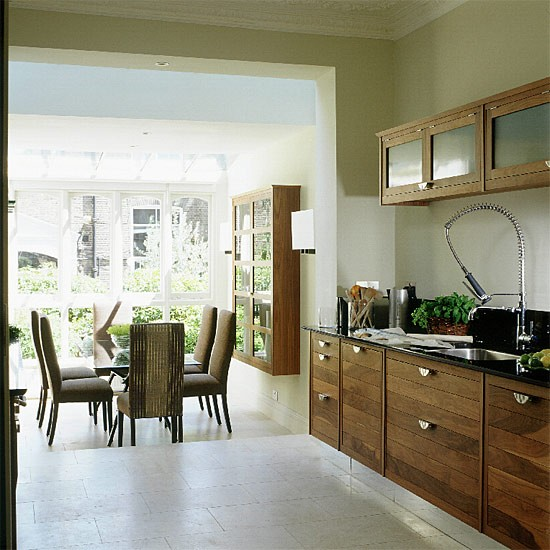 Walnut kitchen and dining room extension kitchen for Kitchen dining room layout ideas