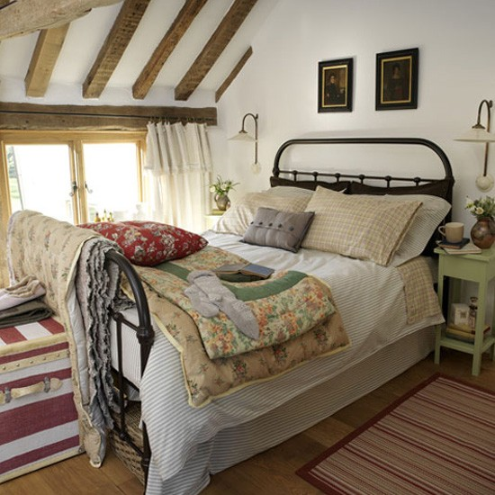 Country style bedroom bedroom design ideas housetohome for Bedroom look ideas