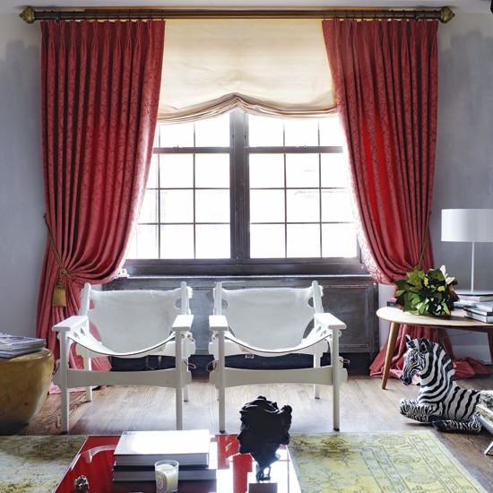 Great Red Living Room with Curtains 550 x 550 · 91 kB · jpeg