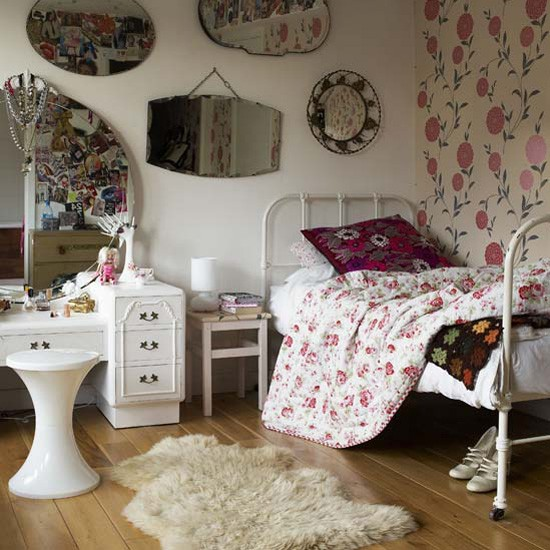 Girl's vintage bedroom | Children's rooms - best of 2010 | Children's bedrooms | PHOTO GALLERY