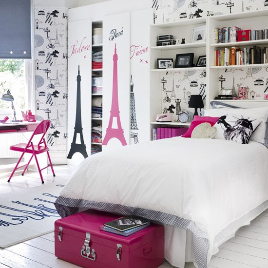Girl's Parisienne bedroom | Children's rooms - best of 2010 | Children's bedrooms | PHOTO GALLERY