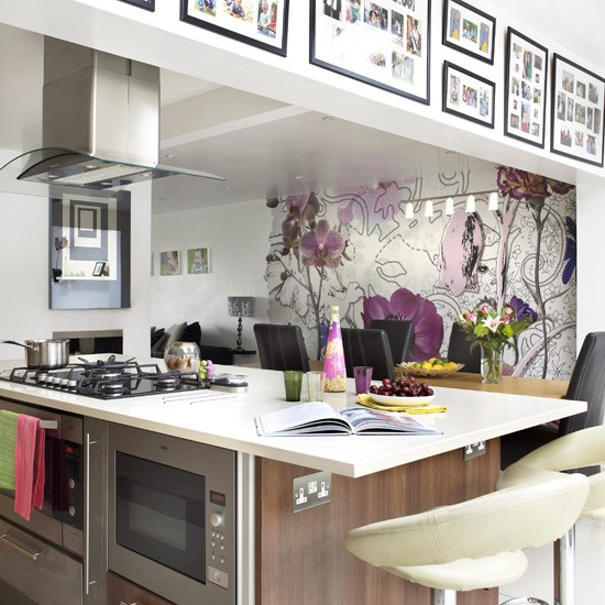Kitchen wallpaper ideas 10 of the best for Modern kitchen wallpaper ideas