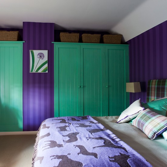 green and purple bedroom colourful bedrooms fitted wardrobes. Black Bedroom Furniture Sets. Home Design Ideas