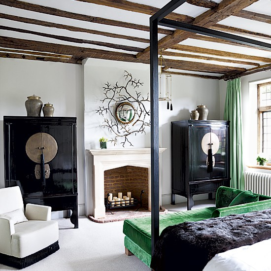 Chinese-inspired bedroom | Bedroom designs | Four-poster beds | Image | Housetohome