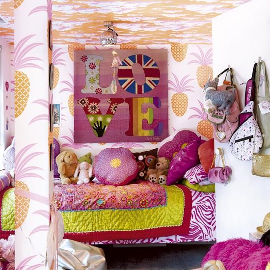 Pop Art Bedroom Designs Two Bedroom Apartments Black And White Small Bedroom Ideas Four Bed Bedroom: Pop Art-inspired Children's Bedroom