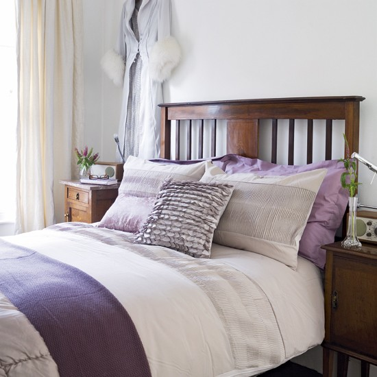 Lilac bedroom contemporary bedroom decorating idea for Bedroom ideas lilac