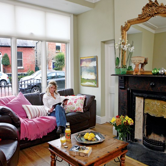 Living room take a tour around an edwardian house in for Edwardian living room ideas