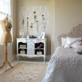 Create a vintage bedroom