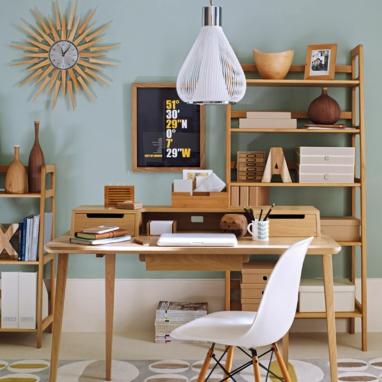 How to create retro home office - Retro office desk ...