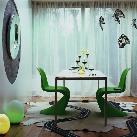 Curvy green dining room dining room ideas 10 quirky for Quirky dining room ideas
