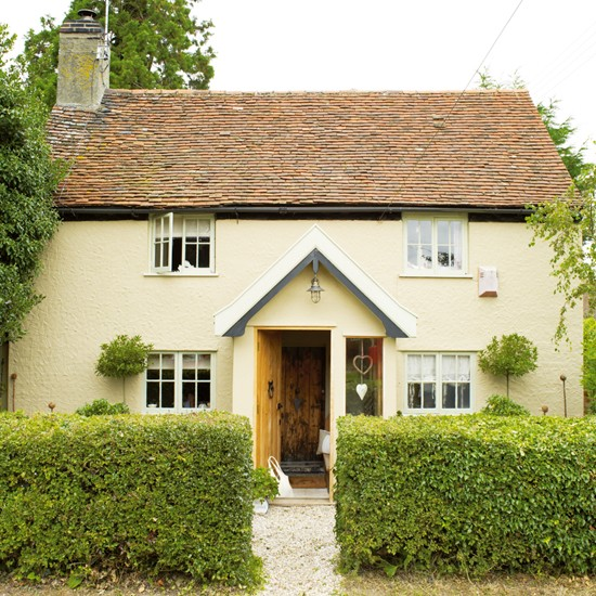 Rustic family cottage house tour ideal home for Family cottages