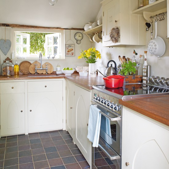 Kitchen rustic family cottage house tour ideal home for Cottage style kitchen units