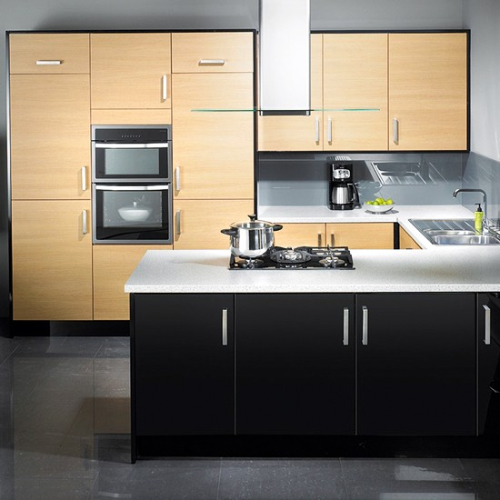 Black gloss and blonde oak kitchen from John Lewis | Mixed-finish