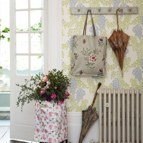 Floral mismatched hallway | 10 wallpaper ideas for hallways ...