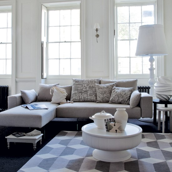 Relaxed White Living Room Modern Living Room