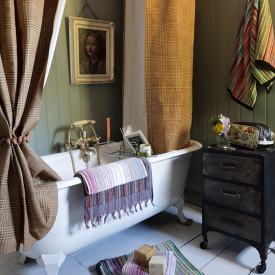 Get cosy bathroom chic | Country cottage decor ideas | country decorating | decorating trend | PHOTO GALLERY | Country Homes & Interiors on Housetohome