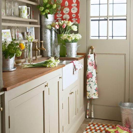 Utility room storage | Country-style utility rooms | Decorating ideas | PHOTO GALLERY | Housetohome.co.uk