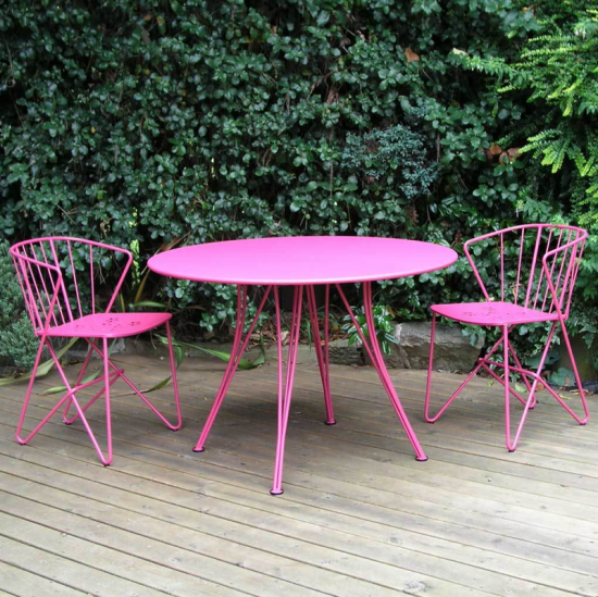 metal outdoor dining suite | colourful conservatory buys | conservatory ideas | PHOTO GALLERY | Housetohome