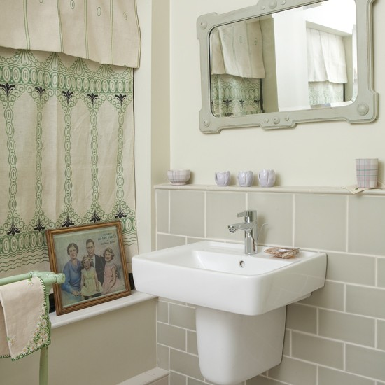 1920s style bathroom take a tour around the prince of