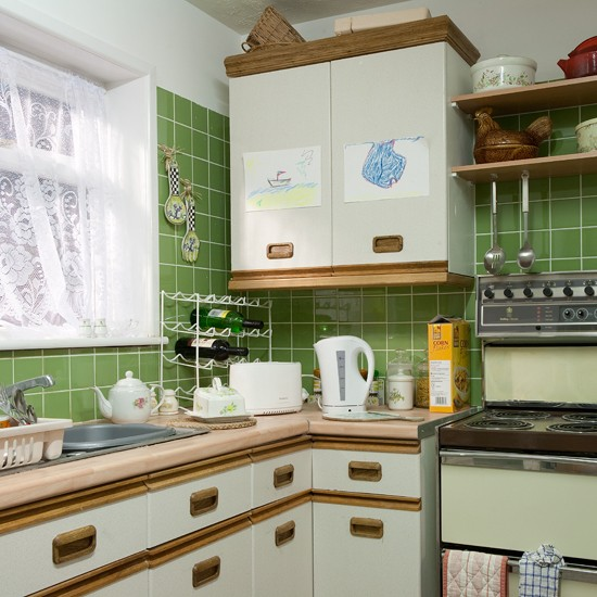 Deidre's kitchen | Ken and Deirdre Barlow's house tour | Coronation Street | Ideal Home Show 2011 | PHOTO GALLERY | Housetohome