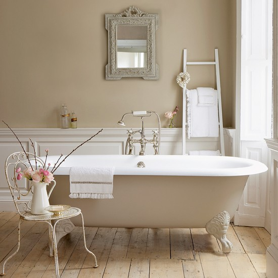 Neutral country bathroom | 10 new looks for country bathrooms | Bathroom design ideas | PHOTO GALLERY