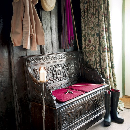 Antique hallway | Traditional hallway | Indoor bench | Image | Housetohome