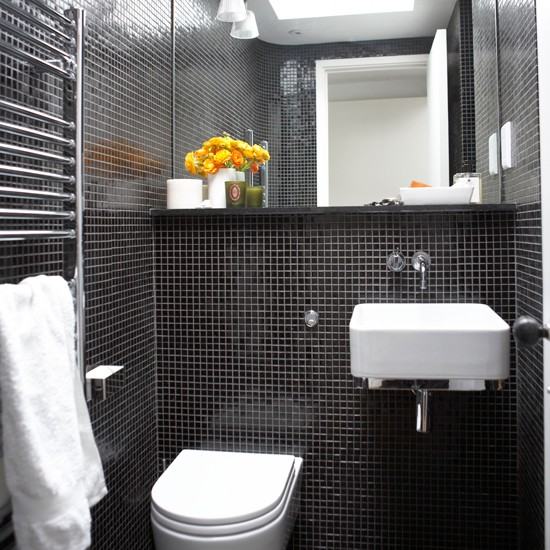 Mosaic tiled bathroom black and white bathroom designs for Black tile bathroom designs