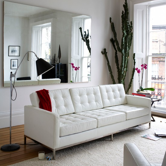 White living room  Take a tour around style director Paula Reeds ...