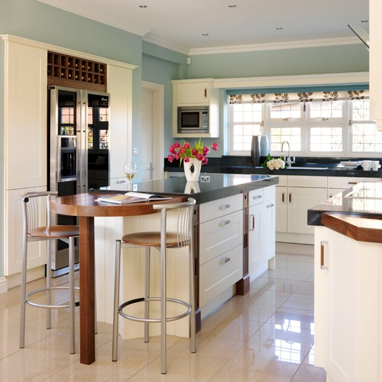 Streamlined country kitchen | Country kitchens | Kitchen design | PHOTO GALLERY | Housetohome.co.uk