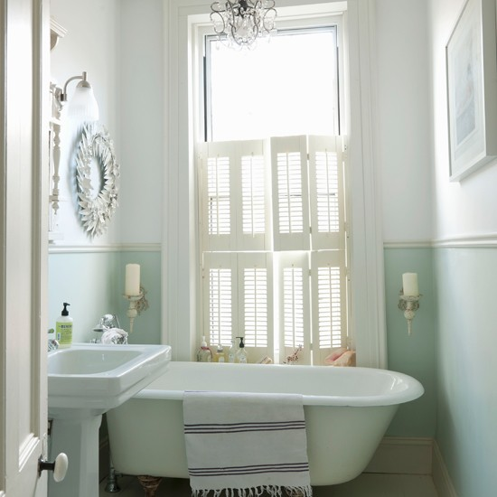 Classic-style bathroom | Traditional bathroom | Freestanding bath | Image | Housetohome