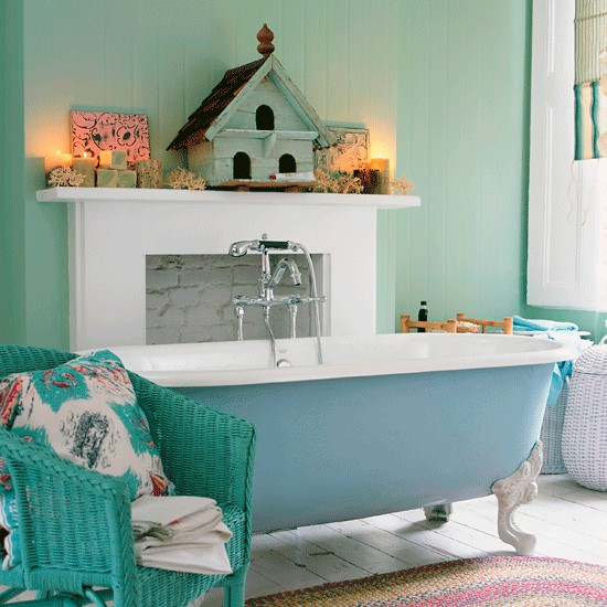 Turn your bathroom into a coastal haven | Relaxed bathroom design