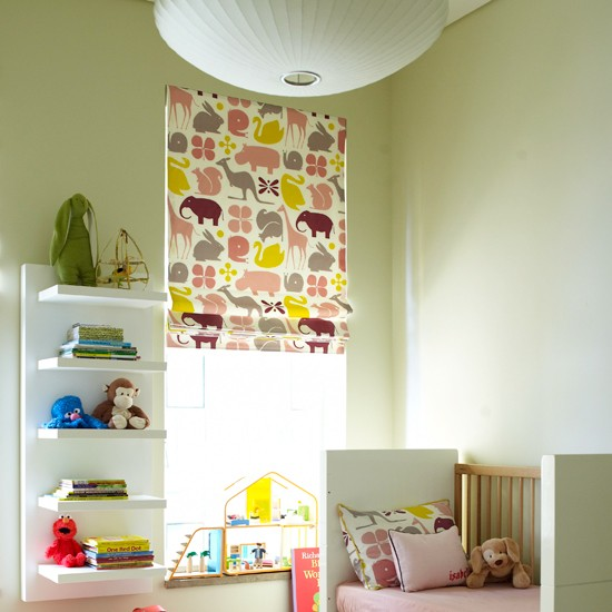 opt for illustrated blinds 10 kids bedroom ideas