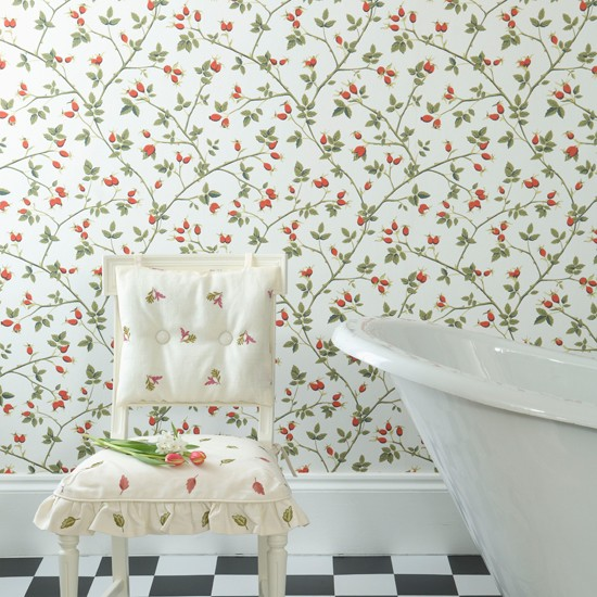 Charming cottage bathroom country style bathroom for Floral bathroom wallpaper