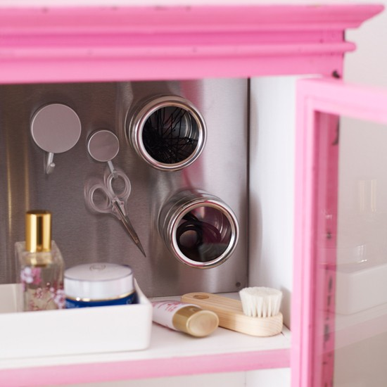 Bathroom cabinet with magnetic storage | Modern bathroom | Cabinet | Image | Housetohome