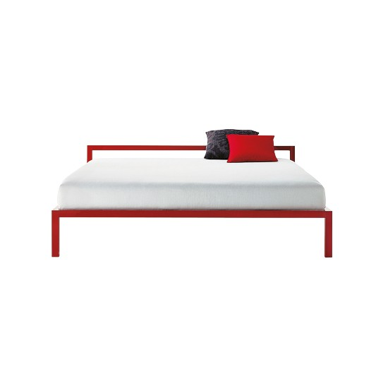 Lacquered aluminium bed from Aram Store | Beds - 10 of the best | bedroom furniture ideas | bedroom ideas | Livingetc | PHOTO GALLERY