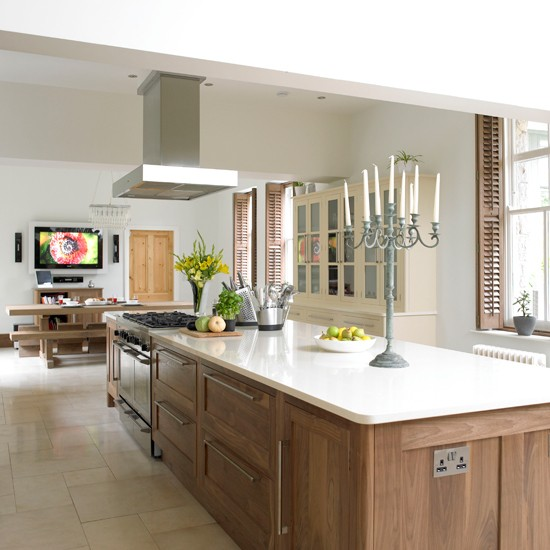 White and wood kitchen | Create the ultimate open-plan kitchen | Open-plan kitchen | PHOTO GALLERY