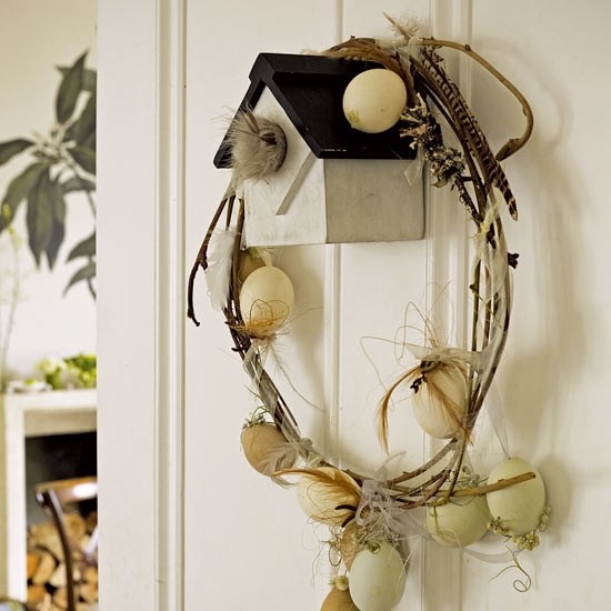 Easter egg wreath | Traditional Easter ideas | Easter decorating ideas | PHOTO GALLERY | Housetohome.co.uk