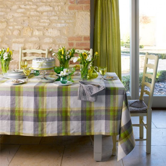 Lay a spring-inspired table | How to bring spring inside | Decorating ideas | PHOTO GALLERY